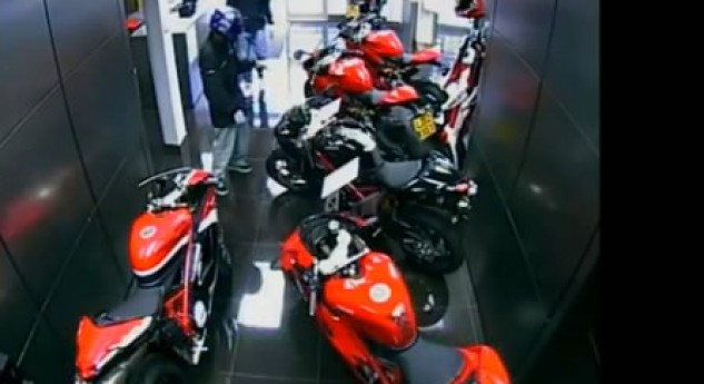 Thieves bungle double Panigale theft